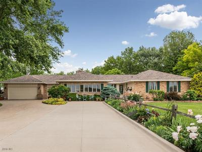 Waukee Single Family Home For Sale: 3285 Ashworth Road