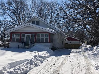 Des Moines IA Single Family Home For Sale: $92,500