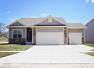 Polk City Condo/Townhouse For Sale: 829 Wolf Creek Drive