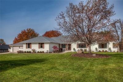 Waukee Single Family Home For Sale: 745 SE Southbranch Drive