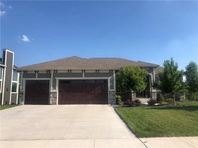 Urbandale Single Family Home For Sale: 14510 Sheridan Avenue