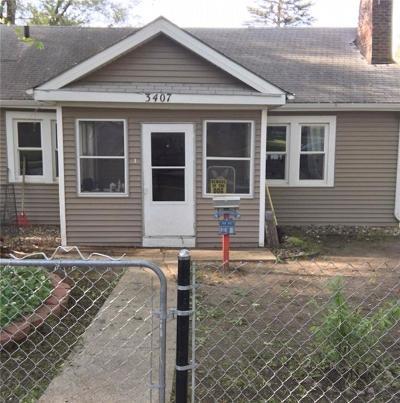 Des Moines Single Family Home For Sale: 3407 Clark Street