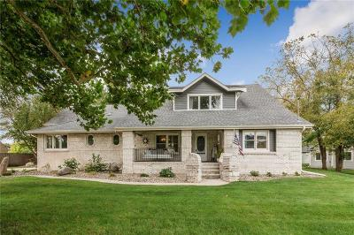 Urbandale Single Family Home For Sale: 3406 142nd Street