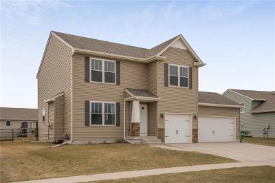 Bondurant Single Family Home For Sale: 617 36th Street SW