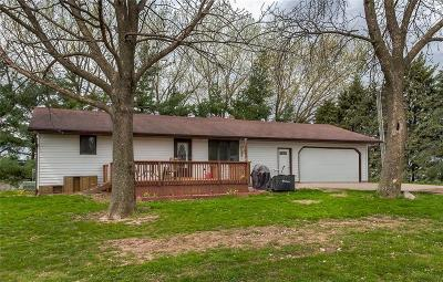 Single Family Home For Sale: 1107 S71 Highway