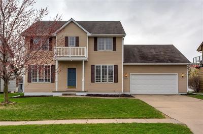 West Des Moines Single Family Home For Sale: 6860 Dakota Drive