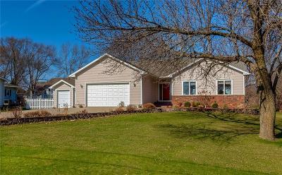 Waukee Single Family Home For Sale: 620 SE Boone Drive
