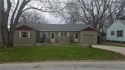 Windsor Heights Single Family Home For Sale: 1414 68th Street