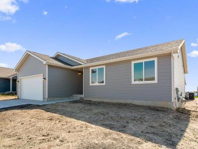 Bondurant Single Family Home For Sale: 913 36th Street SW