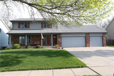 West Des Moines Single Family Home For Sale: 5613 Cody Drive