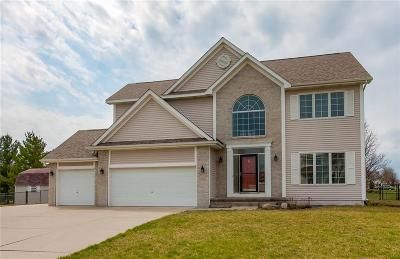Ankeny Single Family Home For Sale: 2401 NW Parkridge Drive