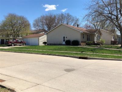 Ankeny Multi Family Home For Sale: 1117 Linden Street
