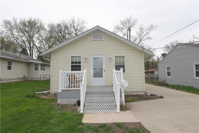 Des Moines Single Family Home For Sale: 3624 Wright Street