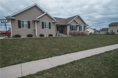 Bondurant Single Family Home For Sale: 615 Deer Ridge Drive NW