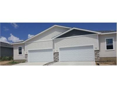 Altoona Condo/Townhouse For Sale: 1489 Indigo Drive SE