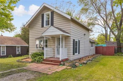 Single Family Home For Sale: 119 Cherry Avenue