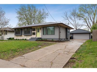 Waukee Single Family Home For Sale: 910 3rd Street