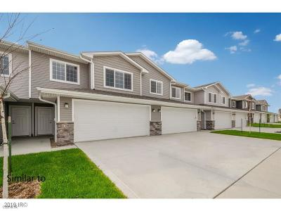 Waukee Condo/Townhouse For Sale: 758 NE Conner Court
