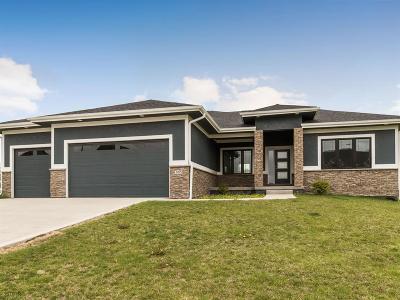 Waukee Single Family Home For Sale: 3075 Jackpine Drive