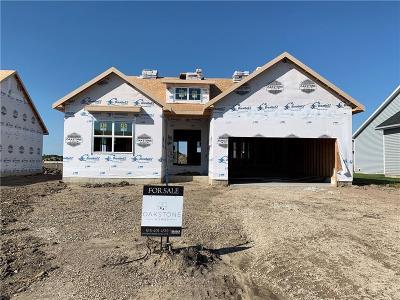Waukee Single Family Home For Sale: 1070 Cedar Street