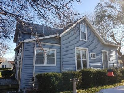 Polk City Single Family Home For Sale: 202 E Wood Street