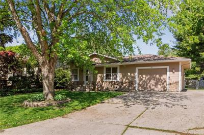 Altoona Single Family Home For Sale: 414 14th Avenue NW