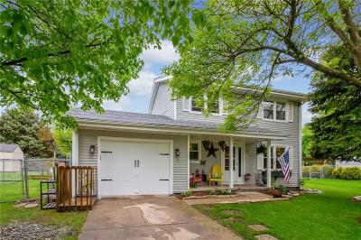 Altoona Single Family Home For Sale: 1023 7th Street NW