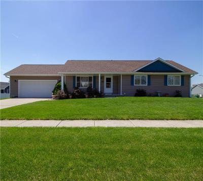 Bondurant Single Family Home For Sale: 202 Deer Ridge Drive NW