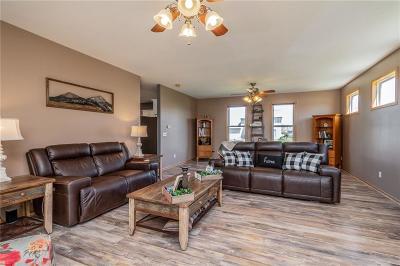 Bondurant Single Family Home For Sale: 410 4th Street NW