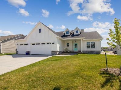 Polk City Single Family Home For Sale: 911 Cardinal Drive