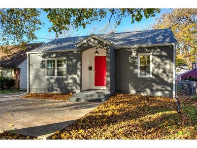 Des Moines Single Family Home For Sale: 2106 Merle Hay Road