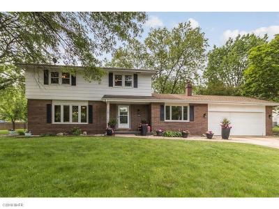 West Des Moines Single Family Home For Sale: 2900 Woodland Avenue