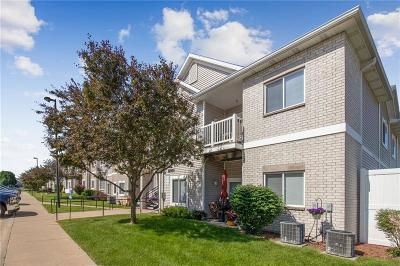 West Des Moines Condo/Townhouse For Sale: 8601 Westown Parkway #16207