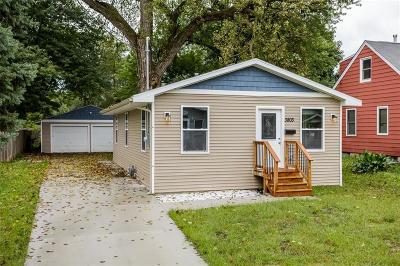 Des Moines Single Family Home For Sale: 3803 Bowdoin Street