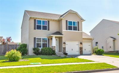 Bondurant Single Family Home For Sale: 3405 Maple Street SW