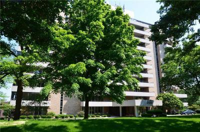 Des Moines Condo/Townhouse For Sale: 3663 Grand Avenue #407