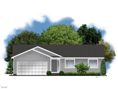 Norwalk Single Family Home For Sale: 622 Bradford Drive