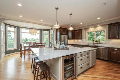 Waukee Single Family Home For Sale: 350 Arrowhead Drive