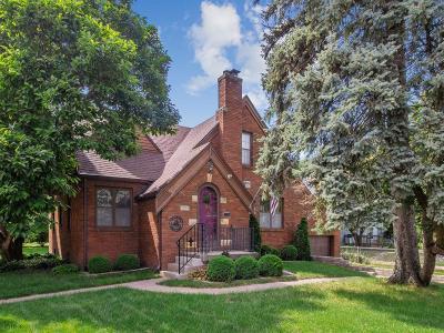 Des Moines Single Family Home For Sale: 3204 Beaver Avenue