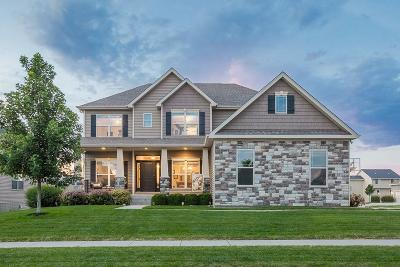 Waukee Single Family Home For Sale: 95 Emerson Lane