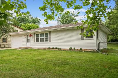Des Moines Single Family Home For Sale: 246 Marlou Parkway
