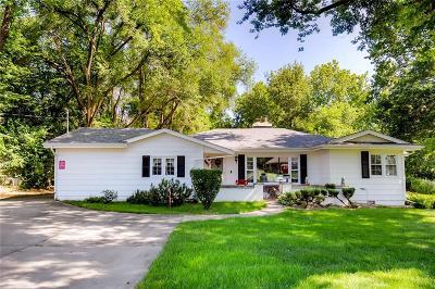 West Des Moines Single Family Home For Sale: 1701 Ashworth Road