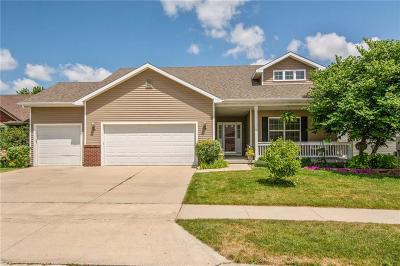 Waukee Single Family Home For Sale: 195 Broderick Drive