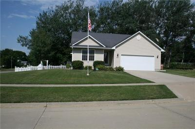 Norwalk Single Family Home For Sale: 1201 Rolling Hills Drive