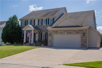 West Des Moines Single Family Home For Sale: 5458 Westwood Drive