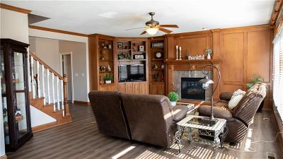 Urbandale Single Family Home For Sale: 3001 150th Street