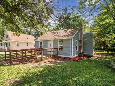 Des Moines Single Family Home For Sale: 3127 Scott Avenue