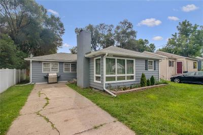 Des Moines Single Family Home For Sale: 3113 Amherst Street