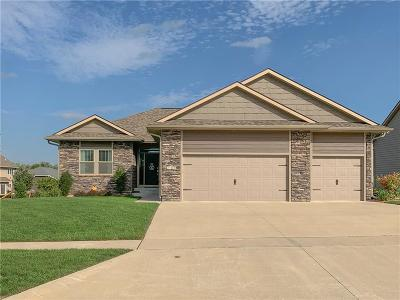 Grimes Single Family Home For Sale: 2101 NW Prairie Creek Drive