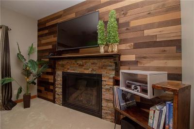 Waukee Single Family Home For Sale: 525 SE Greenbriar Circle